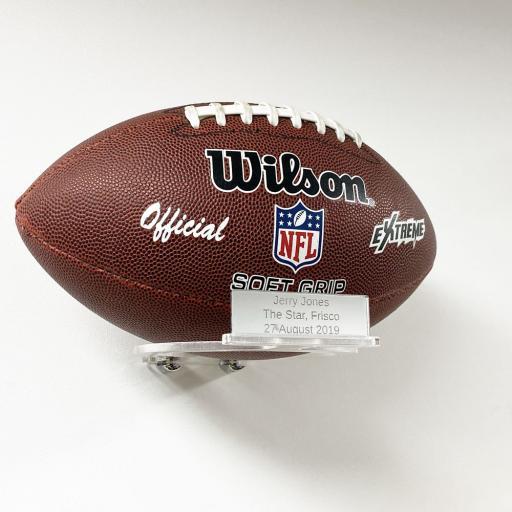 American-Football-Landscape-Wall-Bracket-With-Inscription.jpg