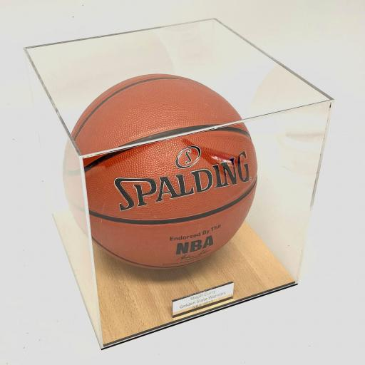 Basketball-Case-With-Court-Vinyl.-2.jpg