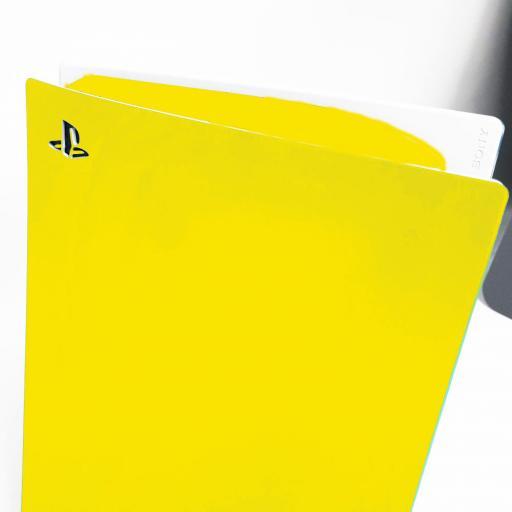 Playstation-5-Skin-Disc-Edition-Yellow-Image.jpg
